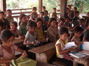 義務教育無償化