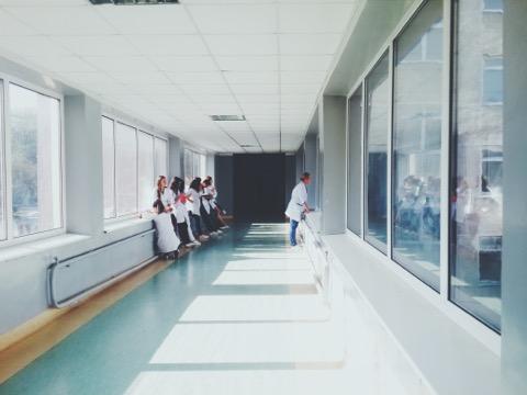 医療 市場原理 機能