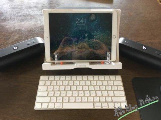 Beats pill+ iPad 2台